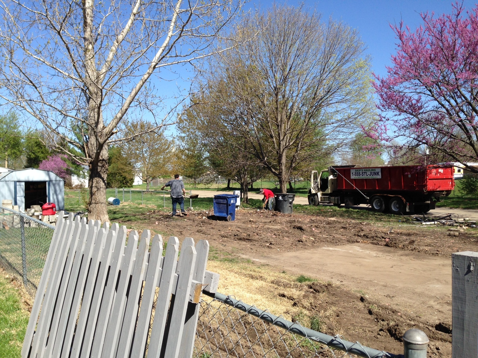 A recent mobile home demolition in St.Charles, MO - Skip's Hauling | Junk Removal Services in St ...